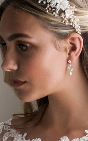 Wedding Accessories & Jewellery - Peter Trends